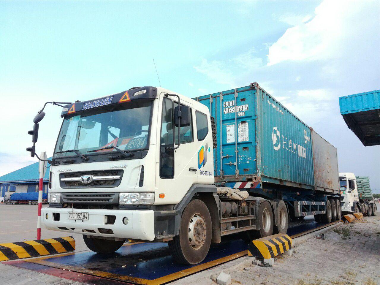 Dịch vụ vận chuyển hàng đi Campuchia nhanh chóng - giá rẻ