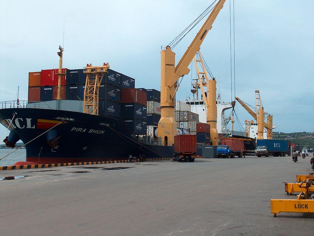 Vận chuyển hàng hóa đi Campuchia giá rẻ.