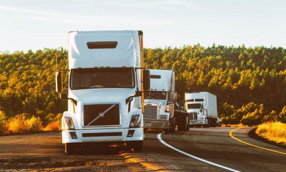 Một số lưu ý khi sử dụng dịch vụ vận chuyển hàng hóa
